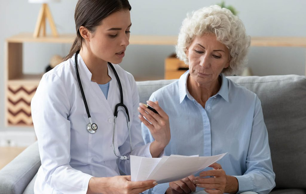 Doctor diagnose HGH deficiency in women